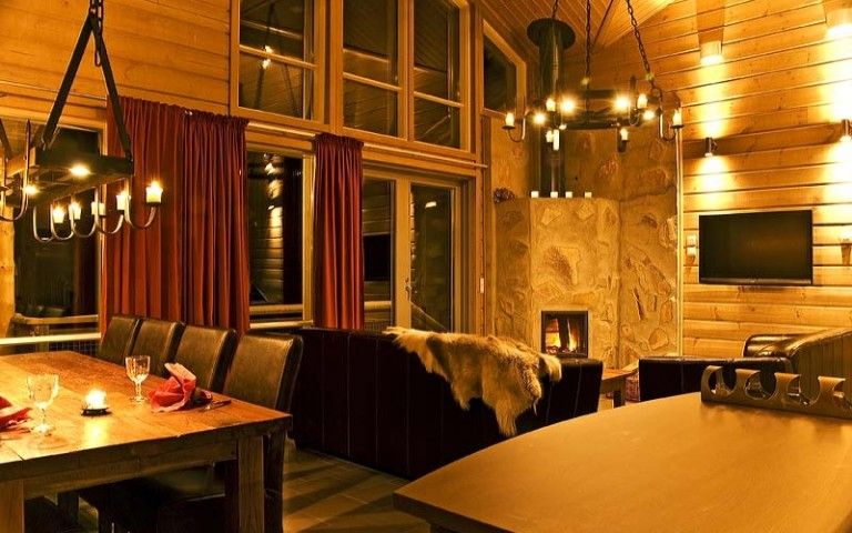 Hotel & Spa Resort Järvisydän – Rinnehuvilat